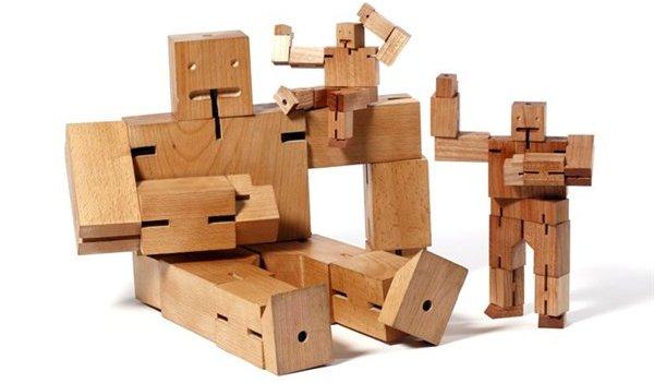 cubebot drewniana zabawka dla dzieci
