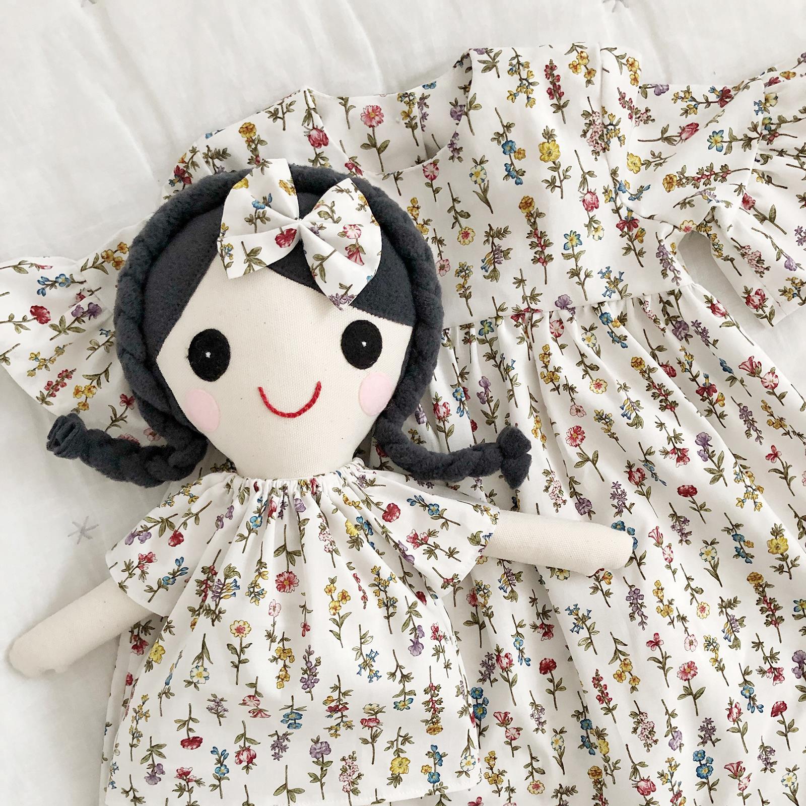 Sukienka dla dziewczynki i taka sama lalka