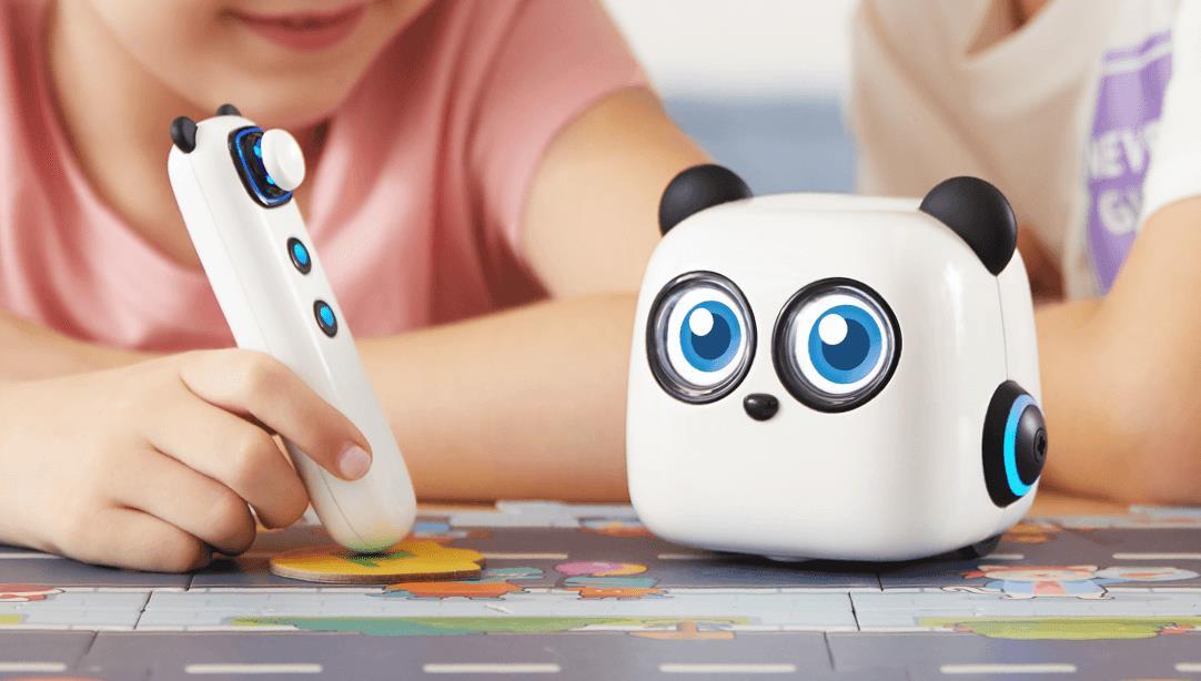 Czy roboty mogą czegoś nauczyć dzieci? Po co uczniom programowanie?