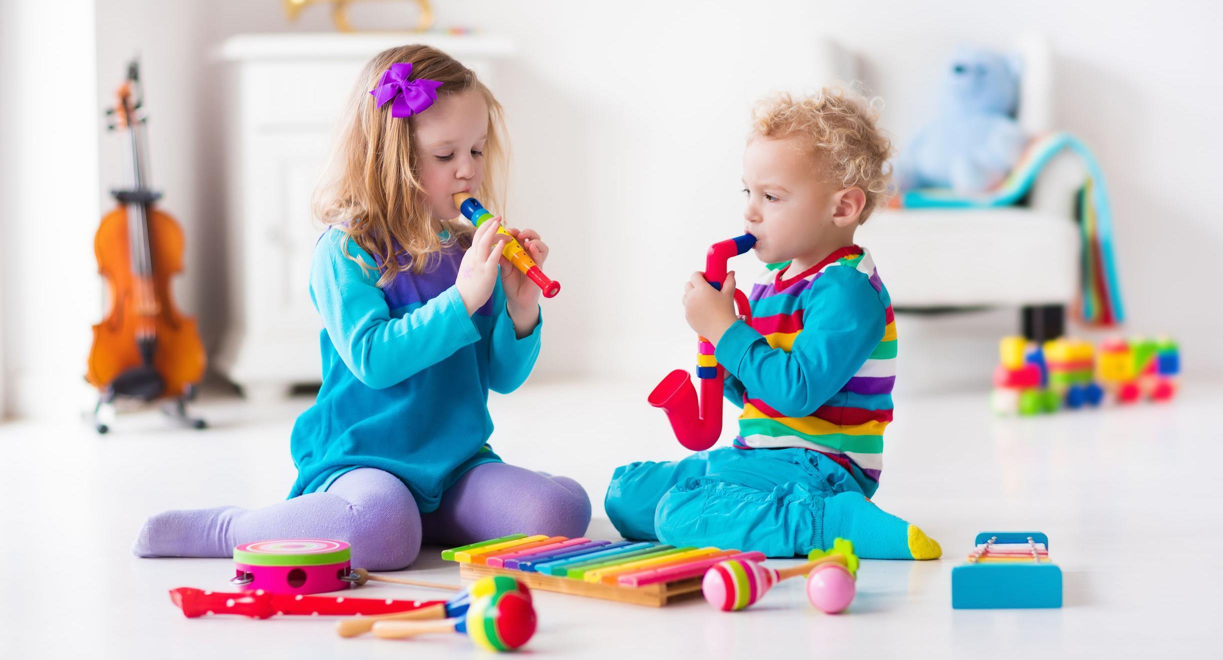 Zabawa muzyką - zestawienie zabawek muzycznych