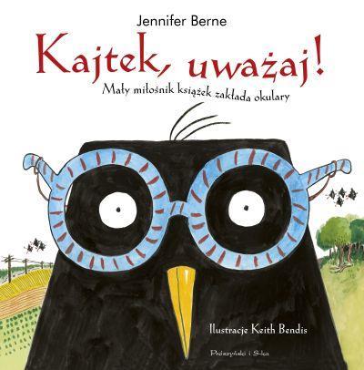 Kajtek, uważaj! Mały miłośnik książek zakłada okulary
